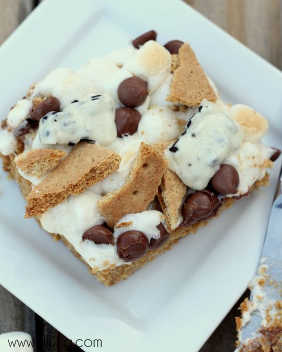 Need to try this - Cookies N Creme Smores Blondies #smores #blondies @Stephanie Close Luna