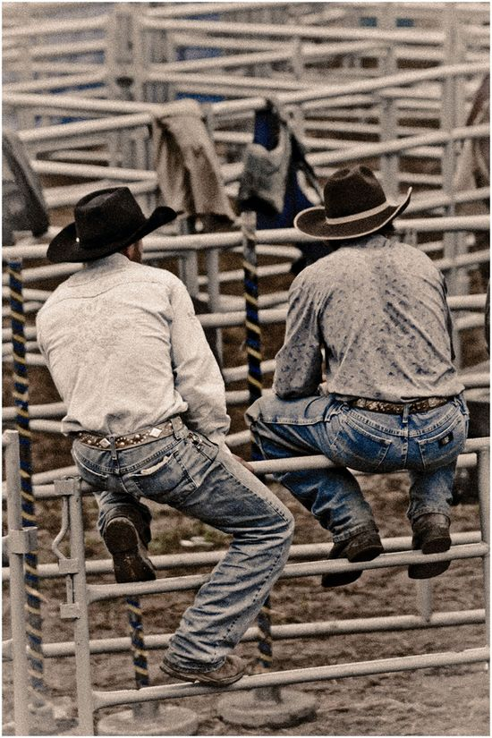 Gotta love them cowboys. ?