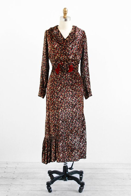 vintage 1930s dress / 30s dress / Floral Silk by RococoVintage