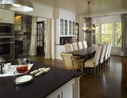 Love this dining area!