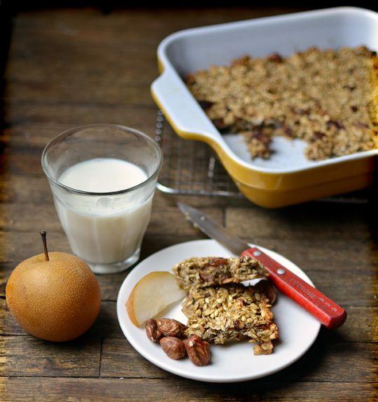 4-ingredient banana oat bars!