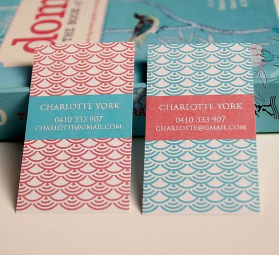 Personal calling cards by Letterlovedesigns on Etsy. Love the scallop and the color combination of aqua and red.