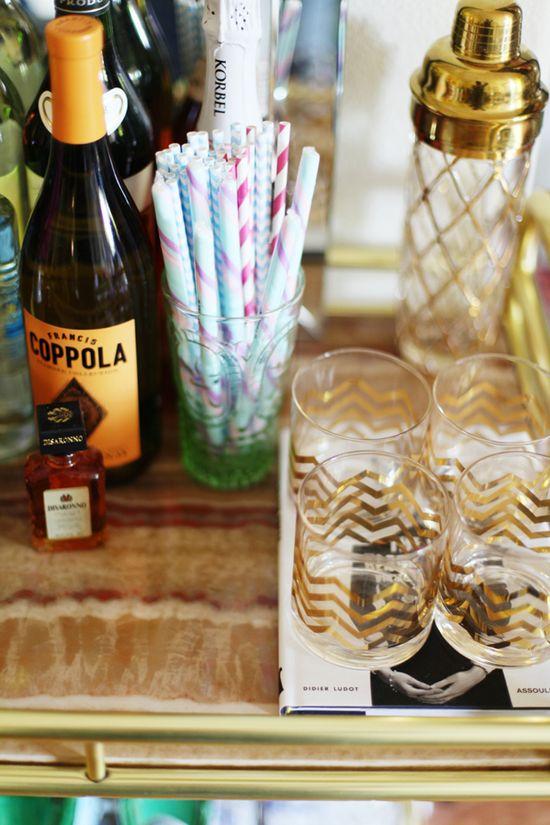 cute gold chevron glasses & paper straws