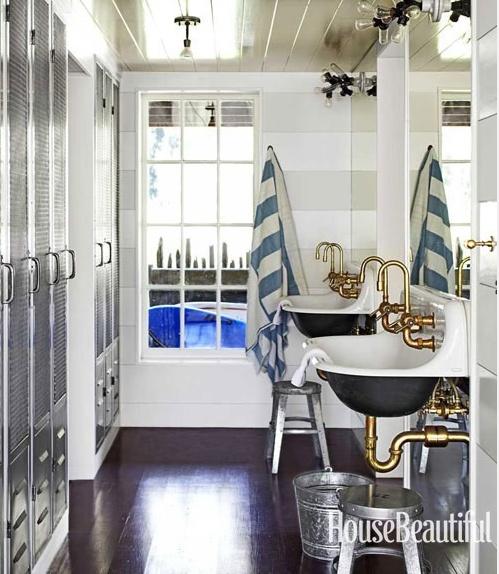 GREAT bathroom for a beach house
