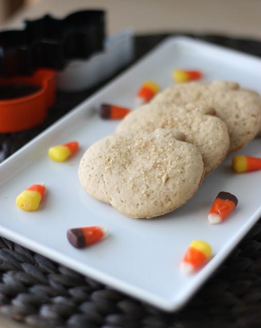 Pumpkin Spice Sugar Cookies. #food #Halloween #autumn #cookies
