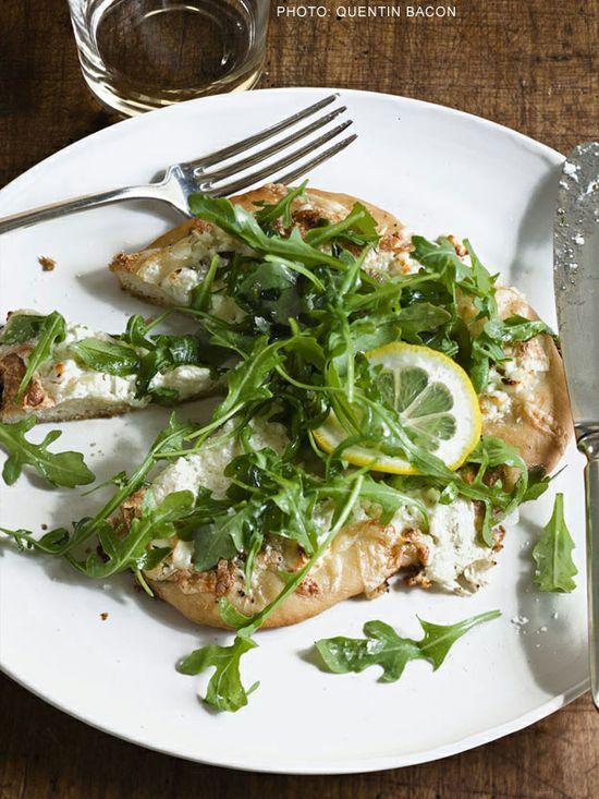 White Pizzas with Arugula #recipe