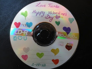 """Do It Yourself Gift Make HIM a """"Mix Tape"""""""