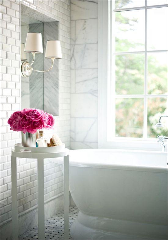 Mirrored niche, marble