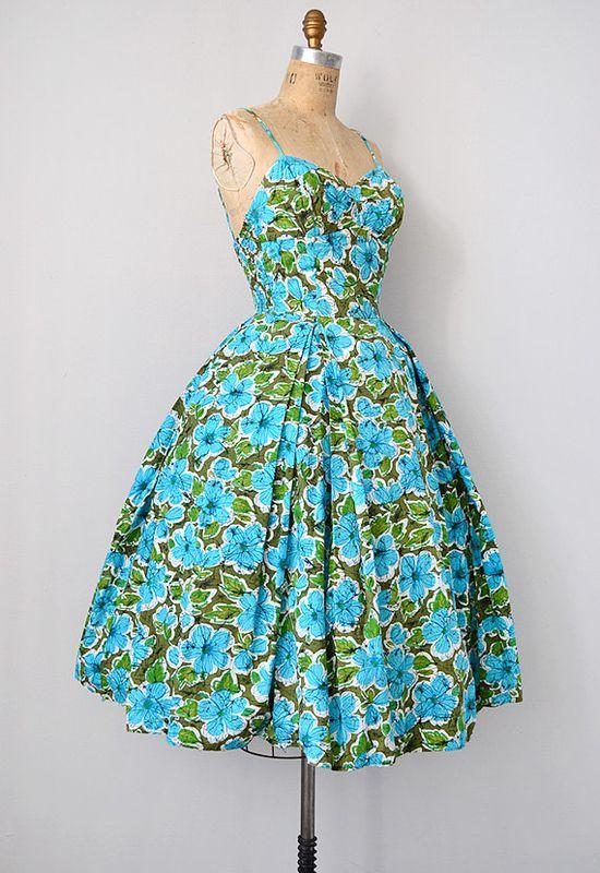 bombshell 50s tiki dress  #floral #dress #1950s #partydress #vintage #frock #retro #sundress #floralprint #petticoat #romantic #feminine #fashion