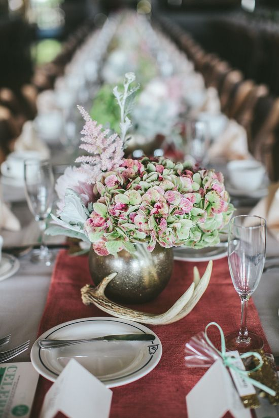 #antlers and #hydrangeas  Photography by woodnotephotograp...  Read more - www.stylemepretty...