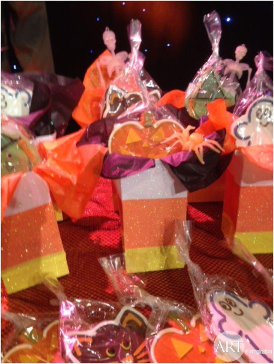 A fun easy #DIY gift bag idea for your next Halloween party.