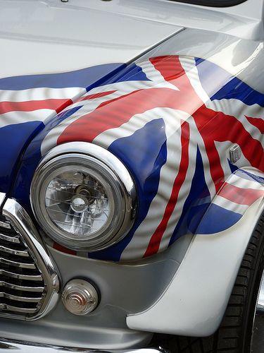 Classic #Rover #Mini #coolcars QuirkyRides.com