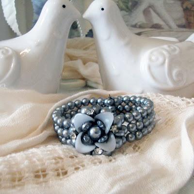 Vintage Grey Pearl and Rhinestone Bracelet