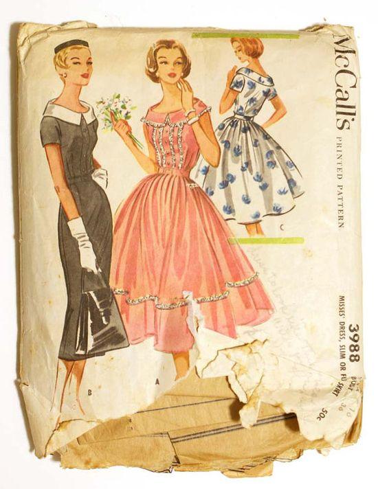 1950s Dress Pattern, Full Bouffant Skirt