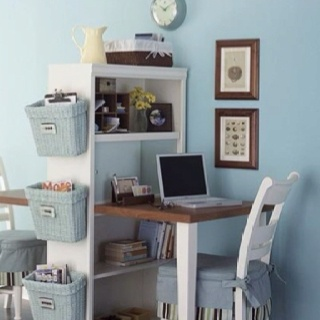 organize it!  awesome desk for small space!!