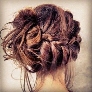 love this side braid and messy bun