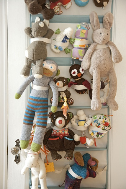 Smart way to store toys.