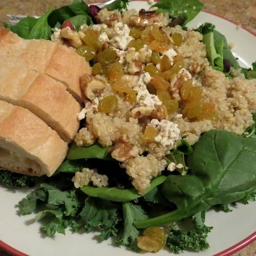 healthy & delicious quinoa salad #recipe