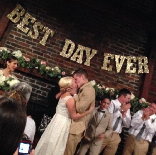 """I love the """" Best Day Ever"""" sign!"""