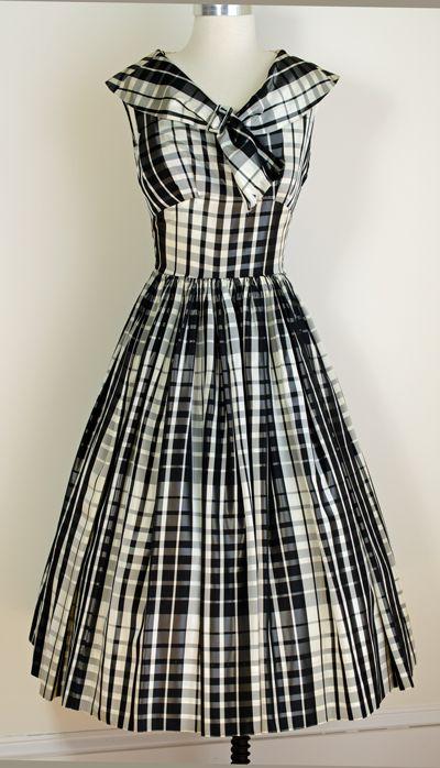 1950's Plaid Taffeta Dress. I love plaid!