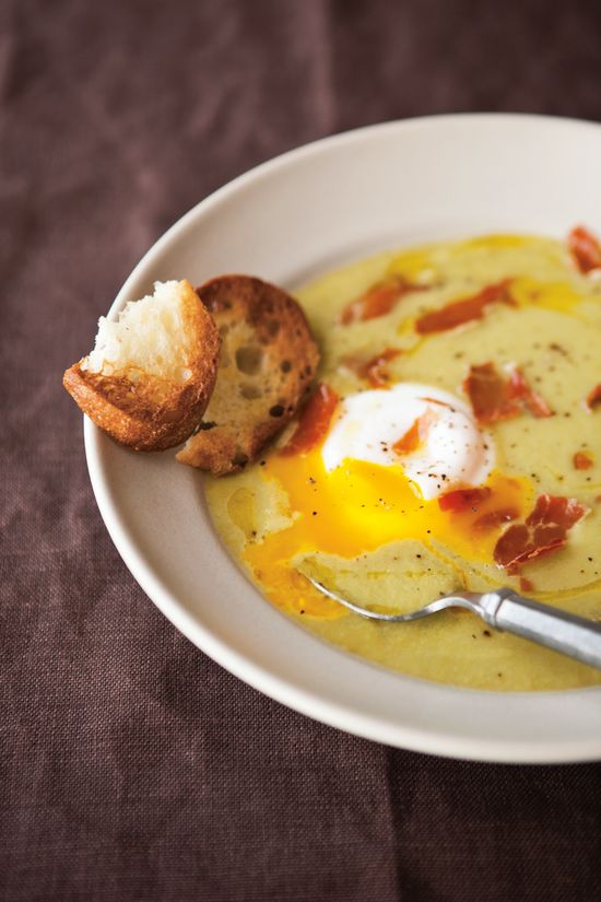 Asparagus Soup with Poached Eggs & Crispy Prosciutto