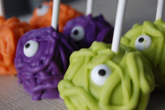 Hallowe'en Monster Cake Pops