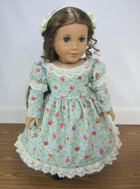 Mid-1800s Spring dress via Etsy.