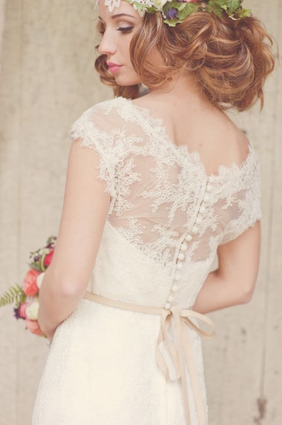 lace wedding dresses, love buttons down the back!