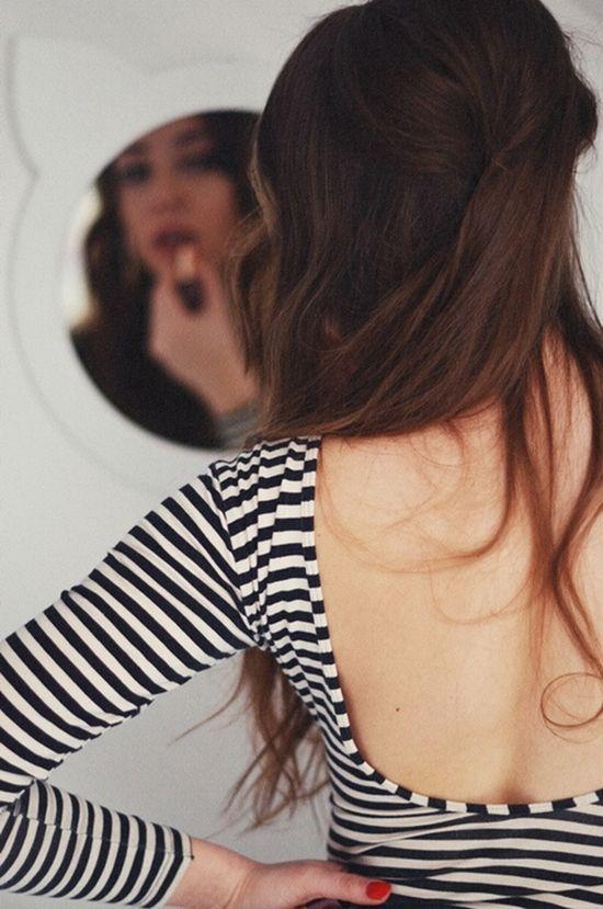 long hair, low back t shirt, stripy shirt, stripes, red nails, nail polish, mirror, women's fashion, style