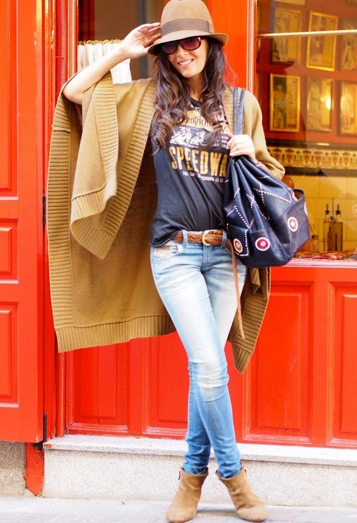 15 Best Street Style Power Poses  Love #outfit  Chic.... Fashion styles for women \ ladies. Cute and love the way it was worn!