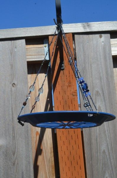 Tutorial: Turn Paper Plate Holders into a Bird Feeder