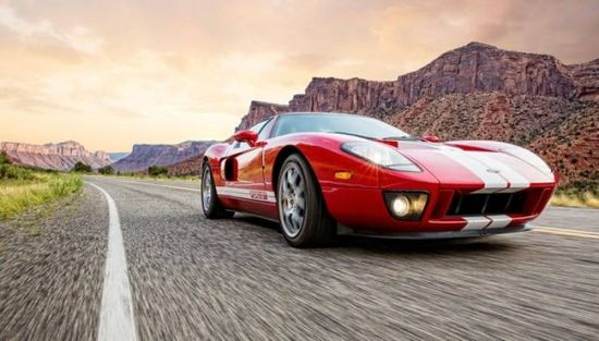 Explore the Grand canyon in luxury sport cars