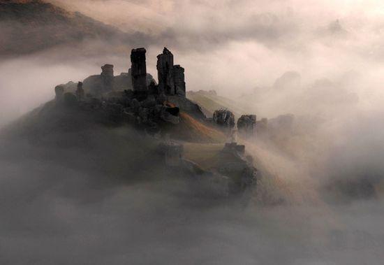 Corfe Castle. England.