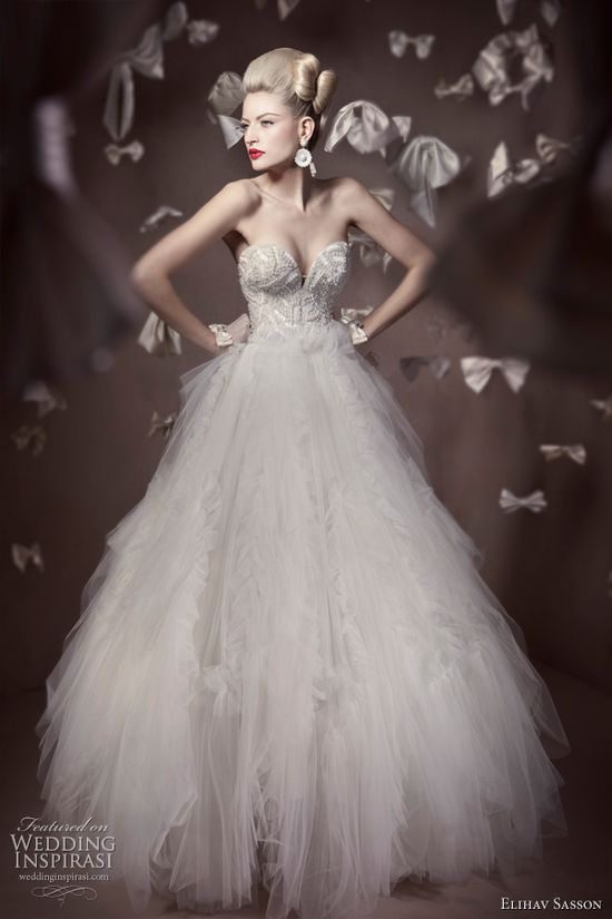 Elihav Sasson Couture Wedding Gown from Wedding Inspirasi Collection - casualweddingdres...