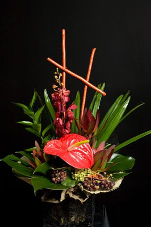Hawaiian Flower Arrangement #saveur #dinnerparty