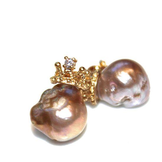 Baroque Pearl Earrings Large Pearl Earrings Pondslime by FizzCandy #pearl #princess #earrings #jewelry