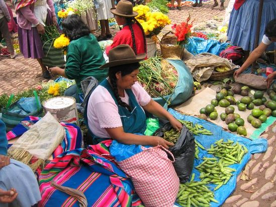 Vegetable market Pisaq Peru