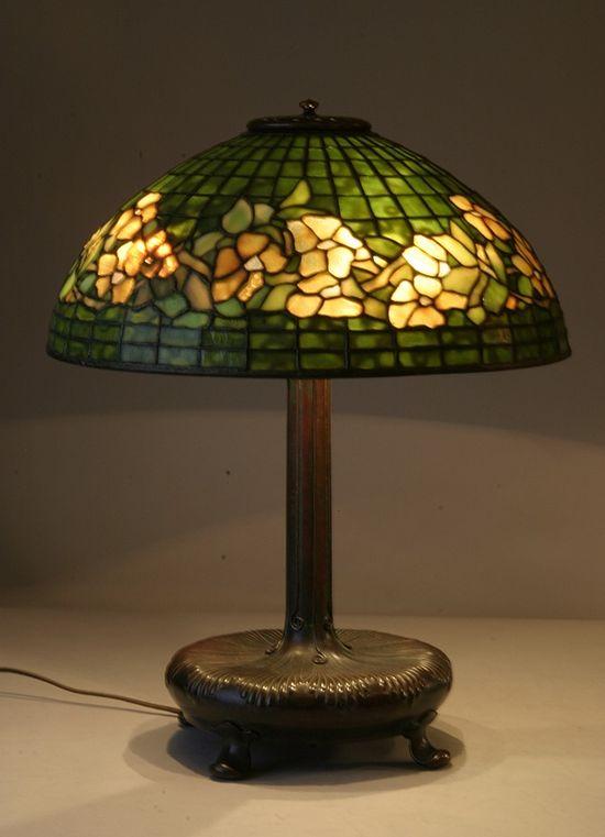 Antique Tiffany Glas