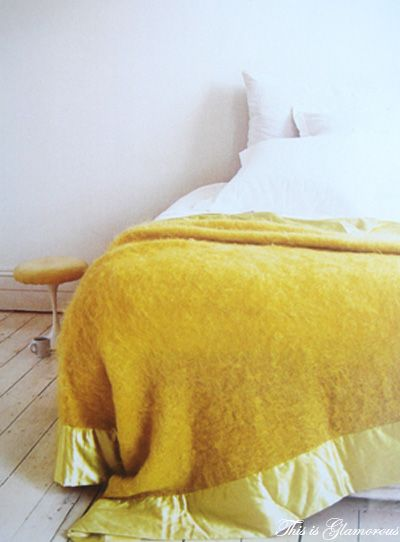 Yumtious yellow blanket; my brother would have killed for that wide satin edge when he was tiddly.
