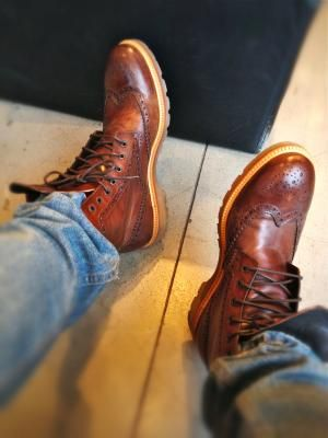Brogue boots. Love these!