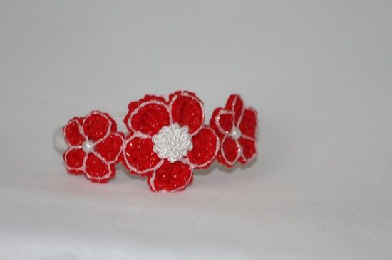 Crochet girls hair accessories. Come and experience my new style. I love roses and flowers.Im sure 90% of women do. I made these headbands just for you. Newborn baby girls , infant girls, toddlers, teens and adult women can enjoy wearing them.     CLICK THIS PIN TO SEE THE TREND THIS