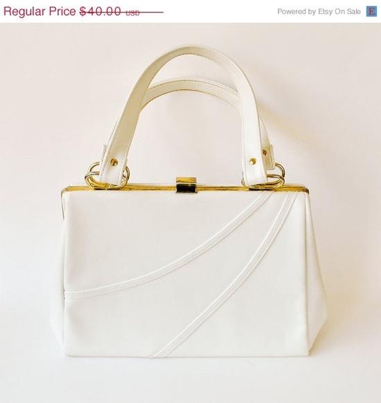 vintage handbag 1960s / white vinyl / by RockAndRollVintage