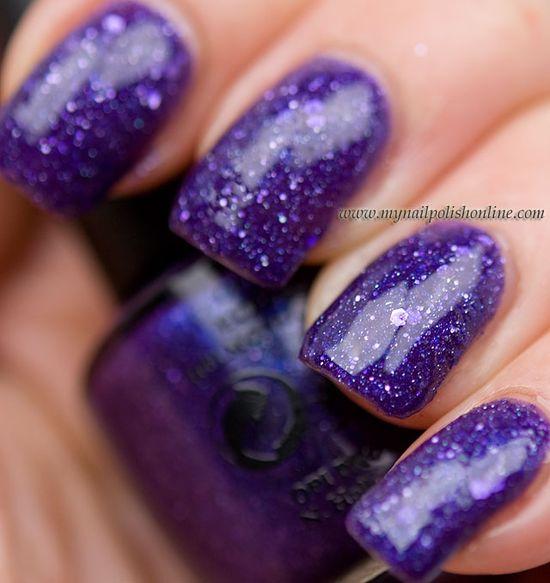 Polish Your #Nails Like This