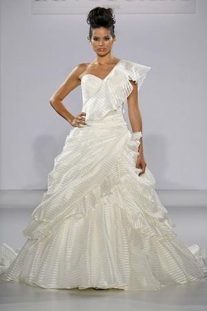 Ian Stuart Runway Show, Fall 2013 #weddings #dresses #bridalmarket