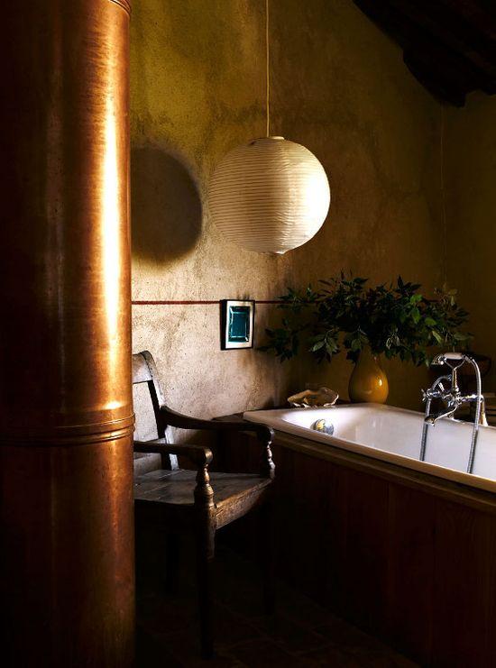 Bathroom Tuscany style