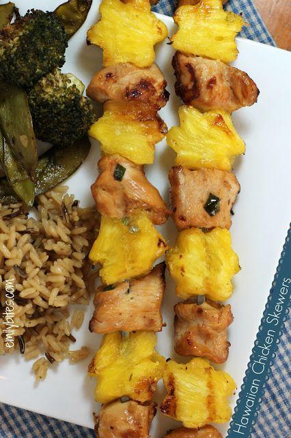 Emily Bites - Weight Watchers Friendly Recipes: Hawaiian Chicken Skewers