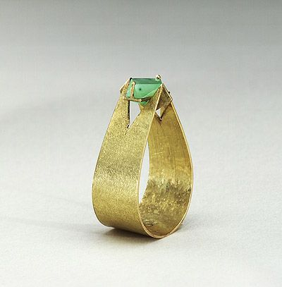Beate Klockmann ring: gold and jade