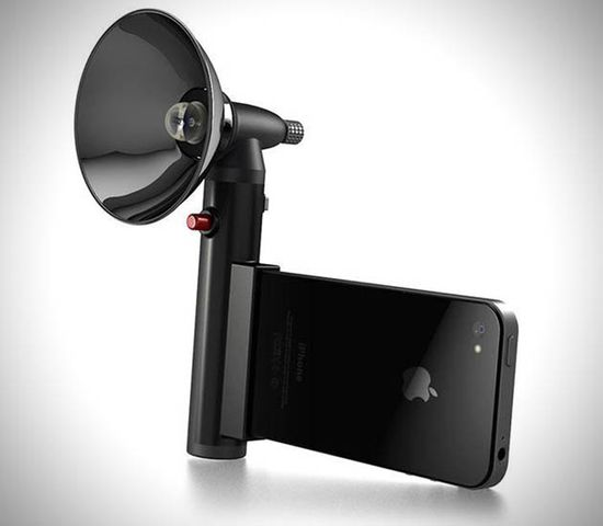 Apple iPhone with Paparazzo Light Ultra Flash //