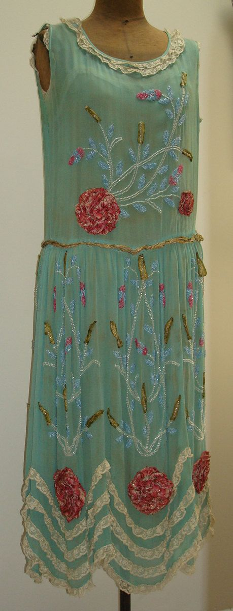 1920s silk floral glass-beaded dress