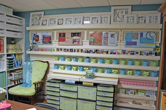 craft room ideas. This looks so organized